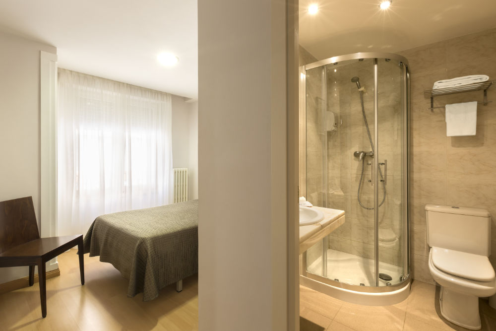 Hostal Remigio Tudela habitación individual 04